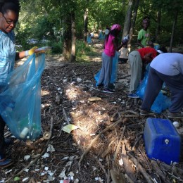 Volunteers helping along the South River at a previous cleanup